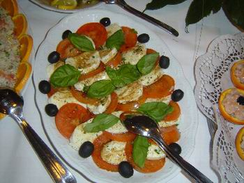Italiaans buffet. Catering, drinks, food, beverages, sailing, trips, weddings, location